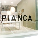 pianca stand